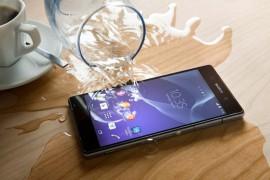 Điện thoại rơi xuống nước nên khắc phục như thế nào?