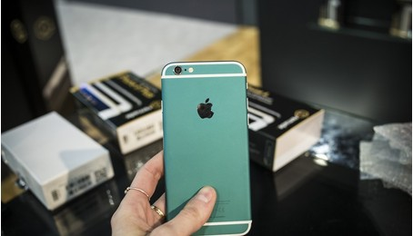 Mua iPhone tân trang rẻ hơn iPhone mới 30-40%?